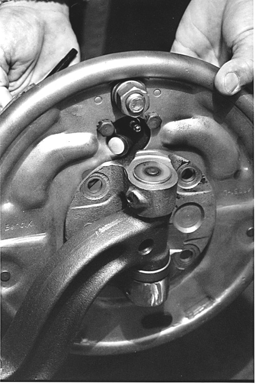 F100 Brakes for Early Fords